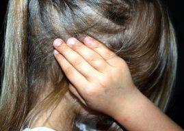 A forma como a criança fala pode indicar problemas auditivos