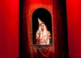 """""""A bruxinha que era boa"""" é a próxima peça do Diversão em Cena ArcelorMittal"""